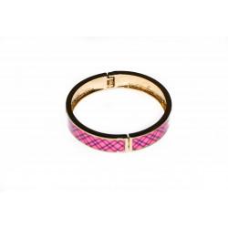 Brett armband med V-symbol